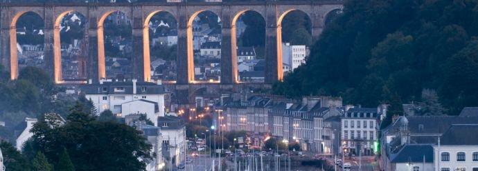 Le viaduc de Morlaix dans toute sa splendeur / site web de l'Auberge de Jeunesse de Morlaix - Finistère