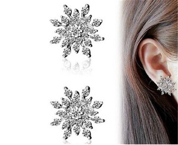 1Pair Silver Women Fashion Lady Elegant Snowflake Crystal  Ear Stud Earrings NEW #UnbrandedGeneric #Stud
