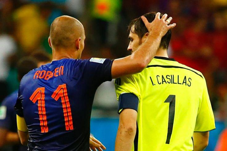 Bilderserie zu: 5:1 gegen Spanien: Holländische Sternstunde entzaubert den Weltmeister - Bild 2 von 15 - FAZ