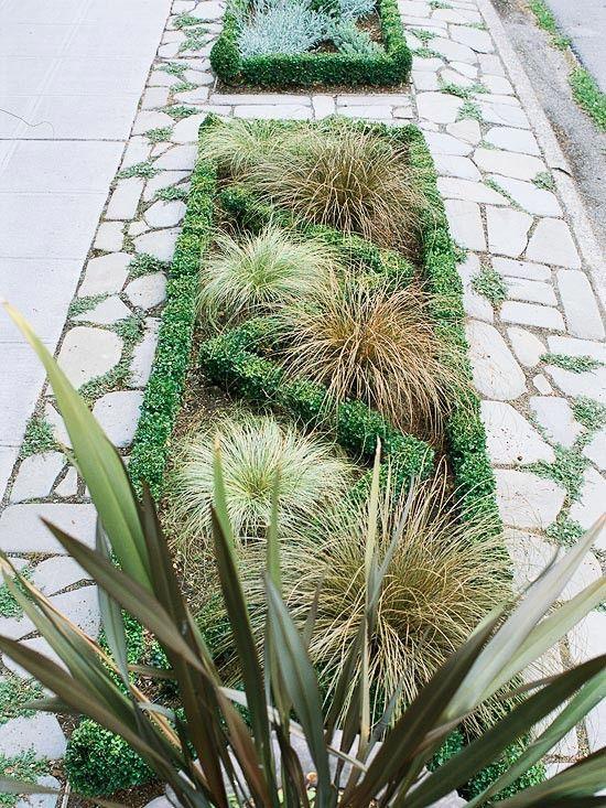front yard sidewalk landscaping ideas | Front Yard Sidewalk-Garden Ideas Make a Statement: This relatively ...