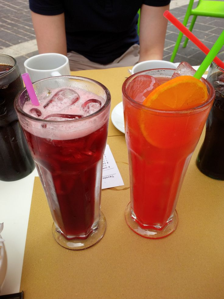 """Iced Tea alla Ciliegia"" and ""Peachy Lychee"" @ White Bakery"