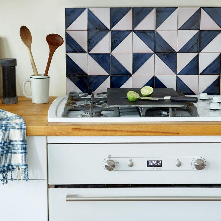 Best 25 removable backsplash ideas on pinterest easy for Removable flooring for renters