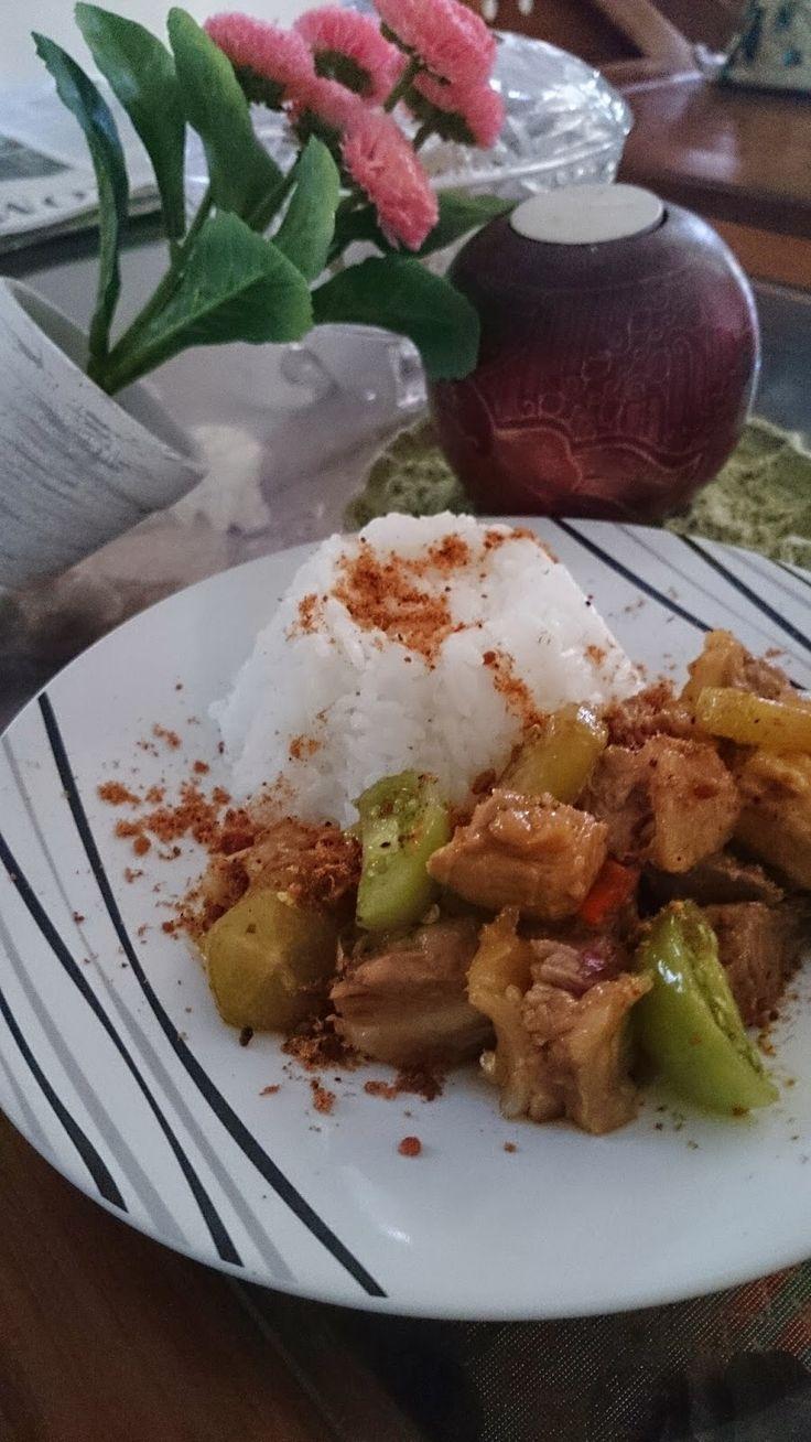 Rumah Makan DJOWO KLATEN: NASI OSENG KOYOR
