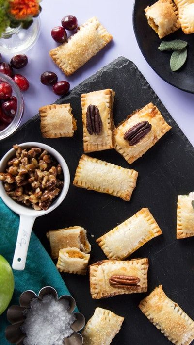 Use an ice tray to create little doughy pockets of pumpkin, pecan, apple and turkey pot pies.