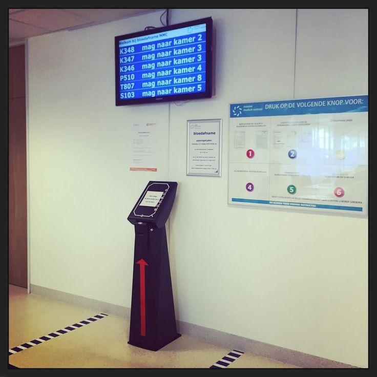 De receptioniste bij bloedafname... #automatisering #gezondheid #MMC