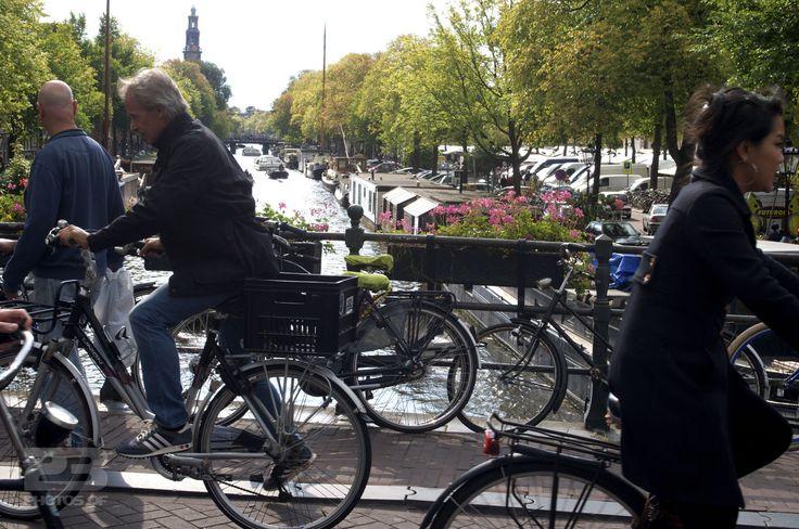 Crossing Keizersgracht photo | 23 Photos Of Amsterdam