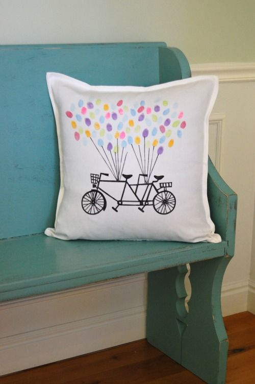 Cute Pillows For Dorm Rooms : 1000+ images about DIY for University Students & Cute Dorm Ideas on Pinterest Crayola art ...