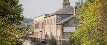 External view of Armley Mills and the Leeds Liverpool canal Open 10 - 4 daily £7.60 family ticket (03.01.2015)