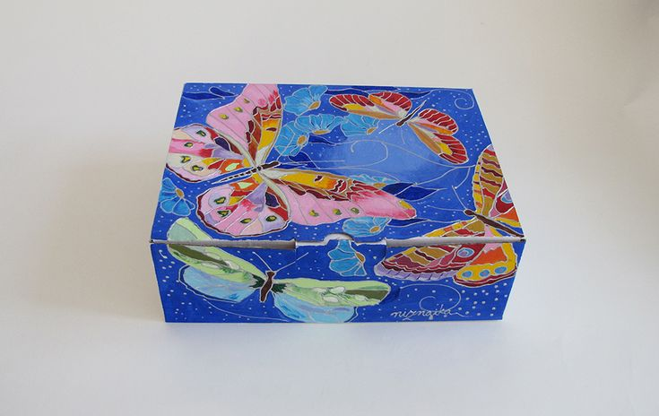 painted carton box