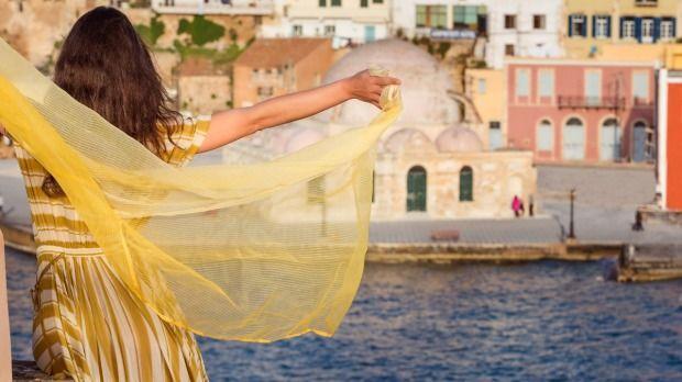 """Η Κρήτη στην κορυφή της Ευρώπης! Σύμφωνα με το Traveller, το """"διαμάντι της Μεσογείου'' επιλέχθηκε στην κορυφή της λίστας των καλύτερων νησιών της Ευρώπης, αφήνοντας στις πίσω θέσεις επιλογές όπως Ίμπιζα και Σικελία."""