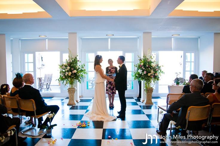 Art deco weddings at burgh island hotel by devon wedding for Art deco hotel devon