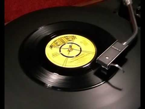 Betty Everett - It's In His Kiss (The Shoop Shoop Song) - 1964 45rpm