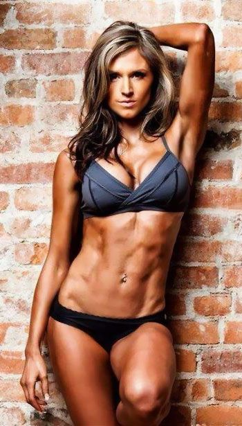 Female fitness bikini model #swimsuit #fitnessmotivation