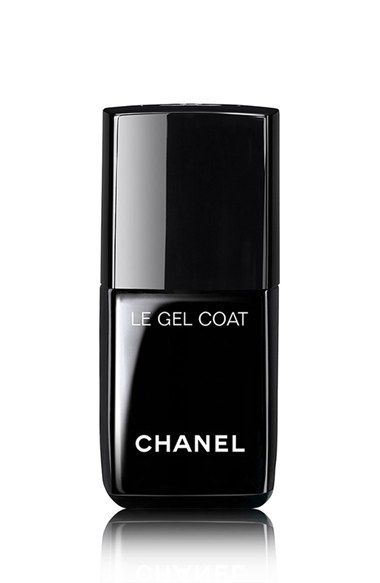 Free shipping and returns on CHANEL LE GEL COAT Longwear Top Coat at Nordstrom.com. Specially formulated to enhance LE VERNIS NAIL COLOUR (sold separately), this top coat extends wear for up to seven days. Activated by natural light, the innovative, clear top coat bonds to nail colour for flexibility, strength and unprecedented wear. The result is an ultra-glossy, gel-like look without the UV lamp.- 0.4 oz.