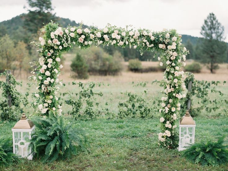 Perfection. Dreamy, floral perfection. http://www.stylemepretty.com/2016/03/04/classic-romantic-backyard-wedding-in-montana/