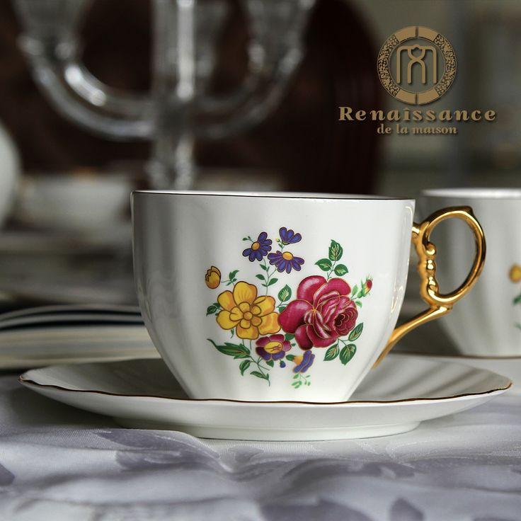 Бесплатная доставка, Ренессанс костяного фарфора чашка кофе красный чашка чашка чая послеобеденный чай 24 К золото 001 2 чашки (чашек) и 2 блюда / много