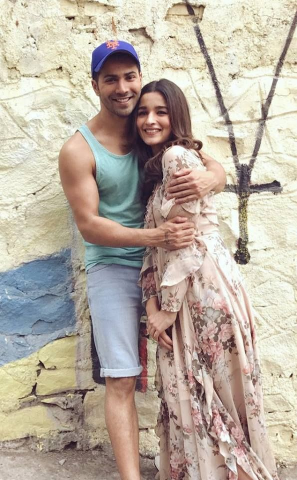 With their hearts on their sleeves, they're all set for #ValentinesDay! Are you? Varun Dhawan #AliaBhatt #BadrinathKiDulhania #Varia