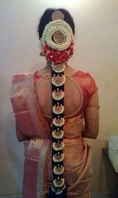 South-indian-bridal-hairstyle-long-hair-temple-jewellery-and-flowers-beautiful-elegant.jpg (380×636)