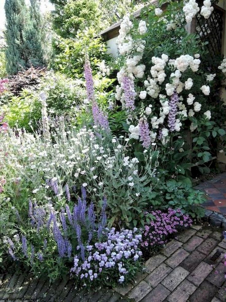 90 schöne kleine Häuschen-Garten-Ideen für Hinterhof-Inspiration
