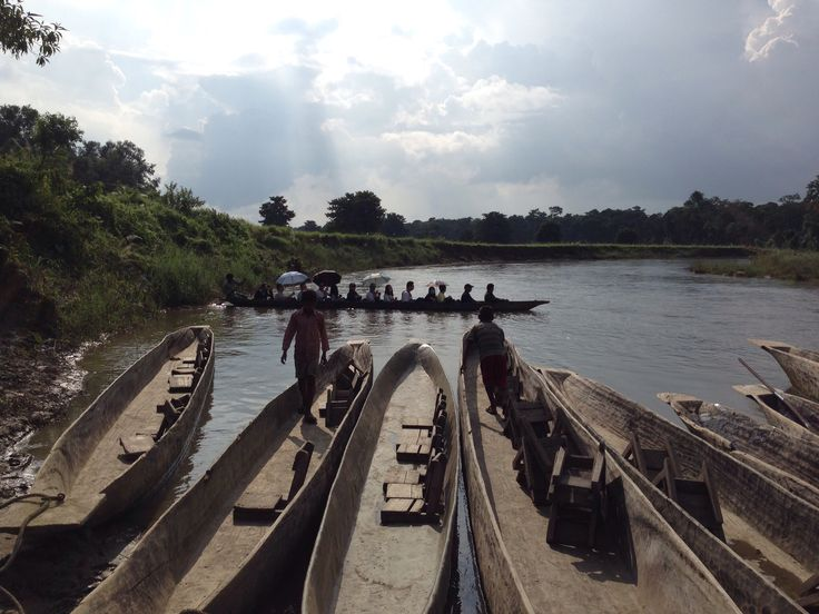 paseo en canoa Royal Chitwan National Park, Nepal