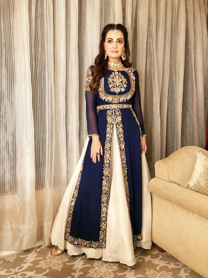 Pin By Anita Khan On Wedding Make Up And Wear Indian Look Formal Dresses Formal Dresses Long