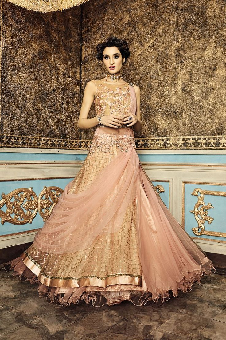 Picture of Heart throbbing peach floor length gown