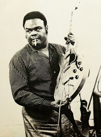 One of the great os all time. Freddie King. He played with Clapton, and belonged in that company! Texas Cannonball. Master of the ear poppin', blues lick. Maybe one of my favourites of all time.