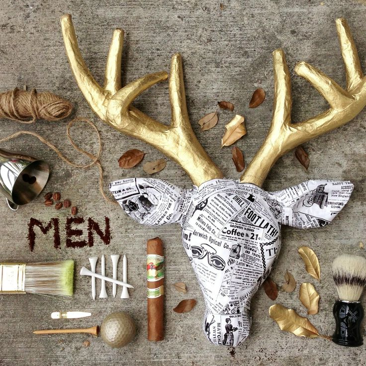 Transform a cardboard form (a deer, here) into a great display piece with a few simple items! Awesome #diy #decor project.