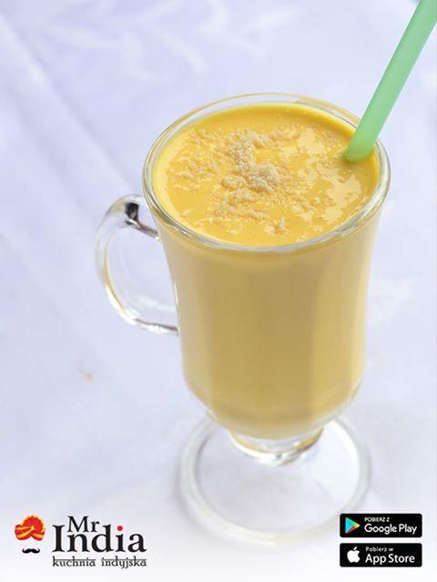#Mango #lassi nie tylko świetnie wygląda, ale też znakomicie smakuje. 😌😌🍹🍹 http://www.mrindia.pl/