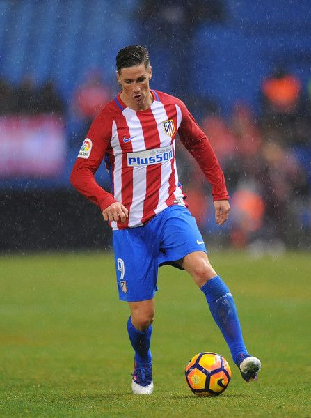 Fernando Torres of Club Atletico de Madrid in action during the La Liga match between Club Atletico de Madrid and CD Leganes at Vicente Calderon Stadium on February 4, 2017 in Madrid, Spain.