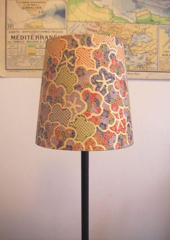 les 22 meilleures images propos de cartonnage sur pinterest lampe en dentelle bijoux et. Black Bedroom Furniture Sets. Home Design Ideas