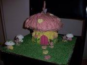 3rd birthday - fairy's toadstool house
