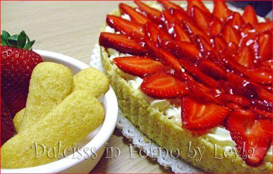 Crostata fredda di pavesini con mascarpone e fragole, ricetta