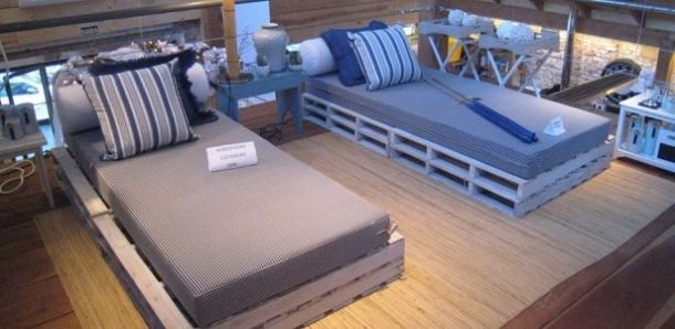 Pallets bed upcycling ideas pallet furniture pinterest for Furniture upcycling course