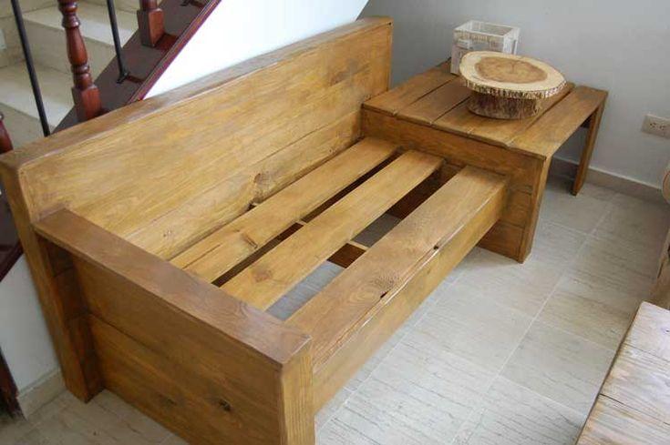 Cómo hacer un sofá barato de 2 plazas con una mesita lateral.