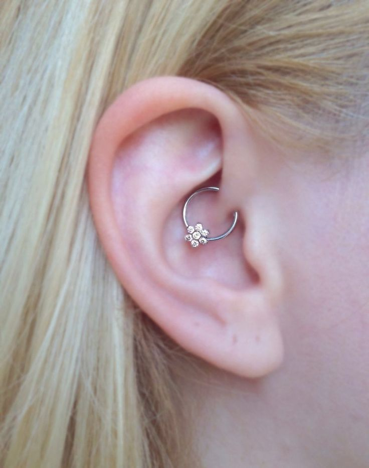 daith ear jewelry jewl swarovski flower 16g captive bead ring 1537