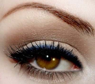 Utilizing a classic 50's eye   silhouette, and making it pop with navy liner...such a great look.. I use it ALOT :)
