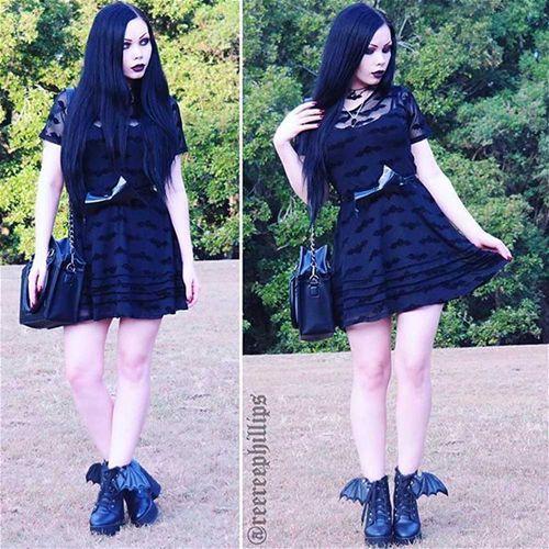 Batty korte mesh jurk met fluwelen vleermuizen zwart - Zombie horror