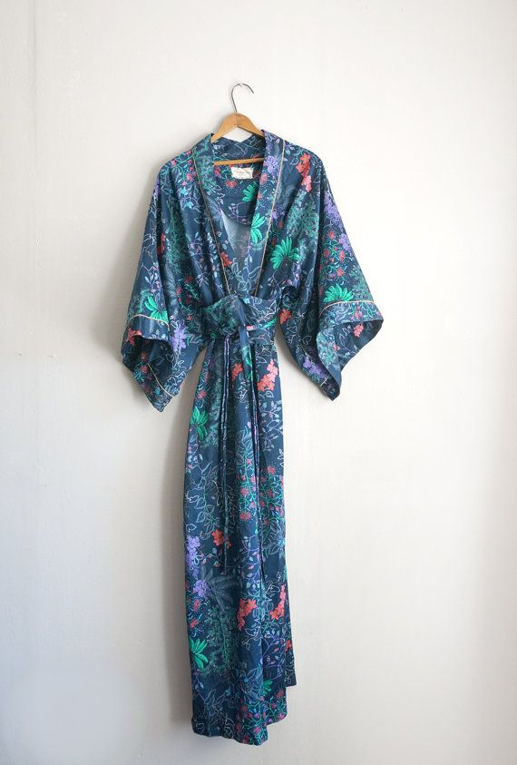 Funky Christian Dior Dressing Gown Mold - Images for wedding gown ...
