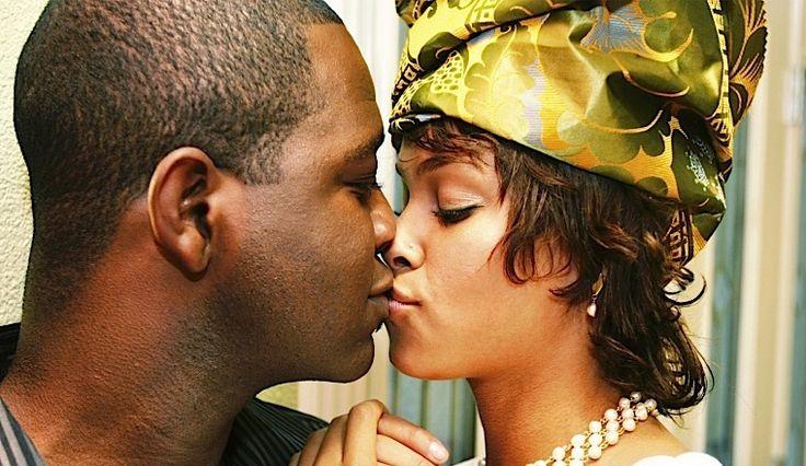 Nigeria kissing compilation @ www.wikilove.com