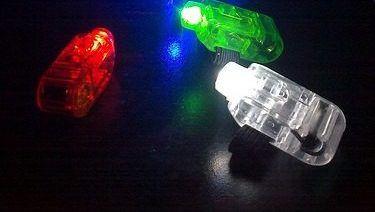 Anillos laser modelo linterna luz led blanca.- https://www.facebook.com/cotillonluminoso