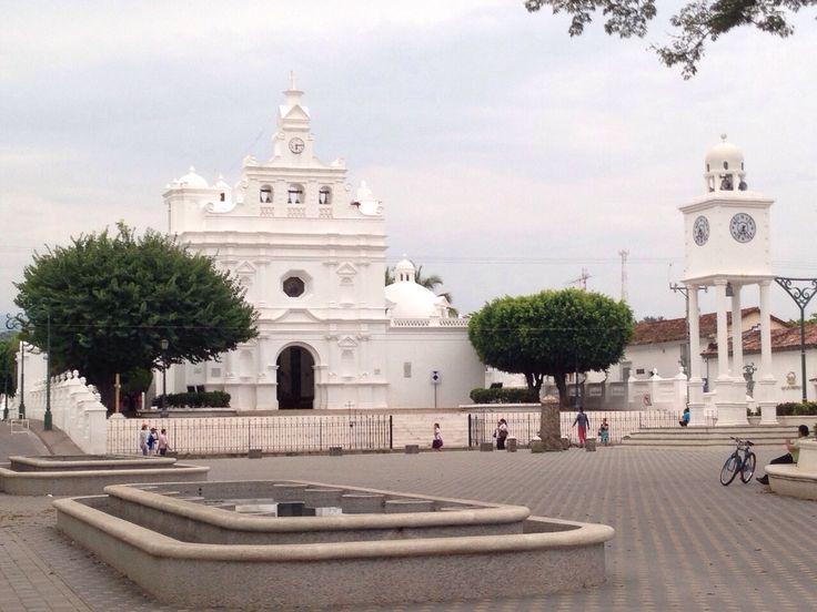 Iglesia colonial Metapan, El Salvador, C A