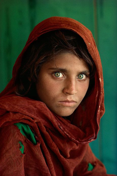 "Steve McCurry's ""Afghan Girl,"" Peshawar, Pakistan, 1984"