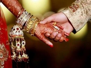 Very specific issues like in-laws, physical intimacy, loss of attraction and finances that exist in marriages today. The good news is that a trained marriage counsellor in Delhi has solved to all these problems as well.