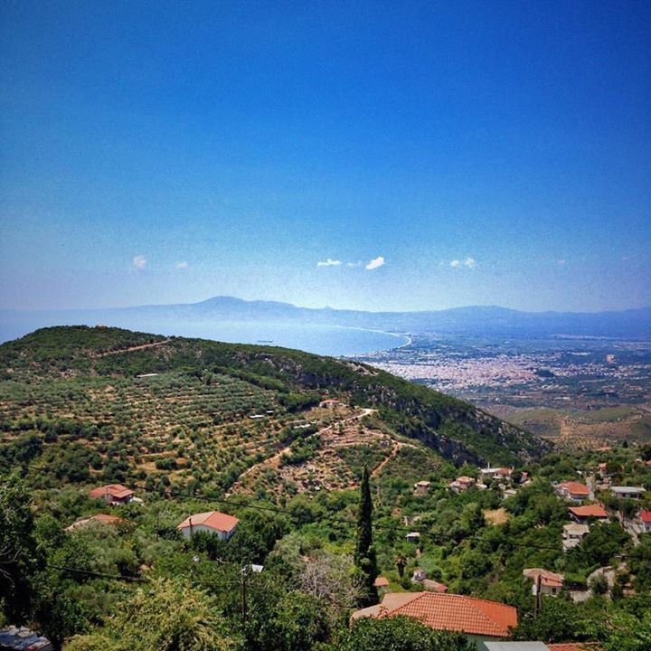 The hills surrounding Kalamata are wonderful to explore highlighting the beautiful Mediterranean landscape of the region the city of Kalamata and the Messinian Bay in the distance.  #vsco #peloponnese #greeceis #iphone #ancientgreece  #realgreece #instagreece #grecia #handofgreece #wanderlust #wonderlust #history #photooftheday #instatravel #greece #iphone #messinia #tomb #arcadia #greichenland #travelgram #Papou #bbctravel #photooftheday #greece #mygreece #amazinggreece…