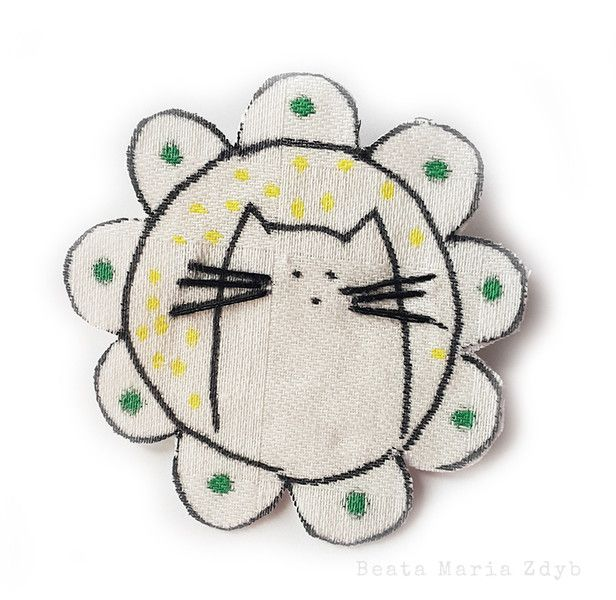 Fabric Brooches – Brooch Kitten – a unique product by Beata-Maria-Zdyb on DaWanda