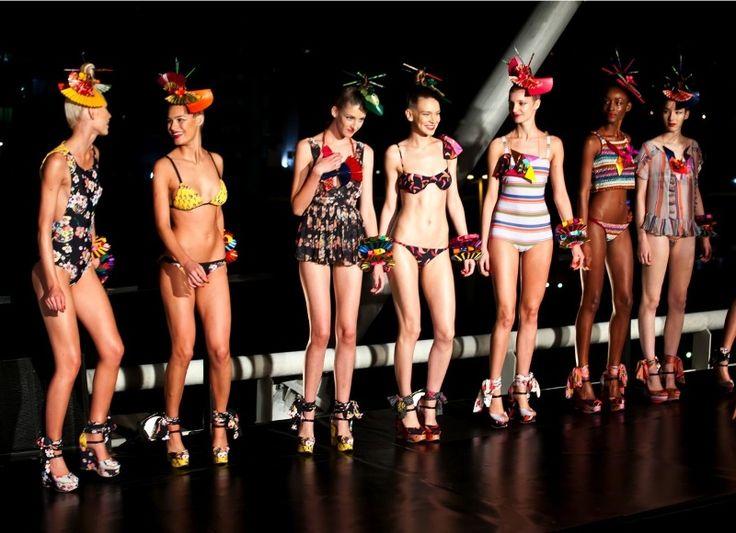 Preview Elle Summer 2013 - tendências moda praia