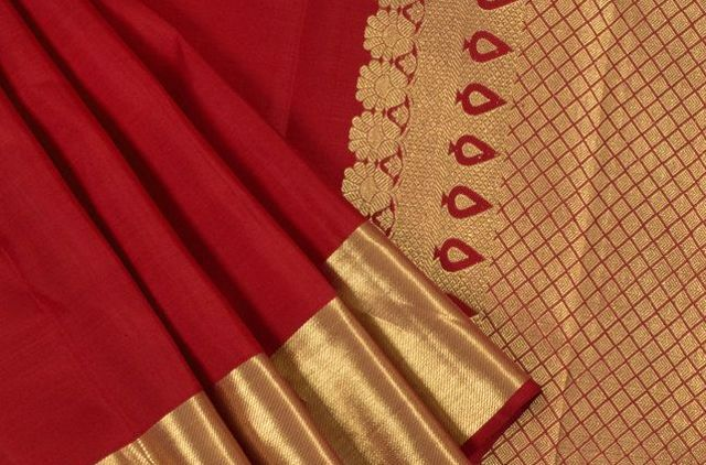 Special silk saree for best occasions