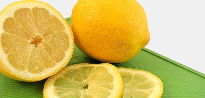 Je kyselina askorbová a přírodní vitamín C to samé?. Není vitamín C jako vitamín C, už nějakou dobu se Vám to snažíme vysvětlit. Pojďme se v tomto článku podívat na výrobu syntetického vitamínu C - kyseliny askorbové.