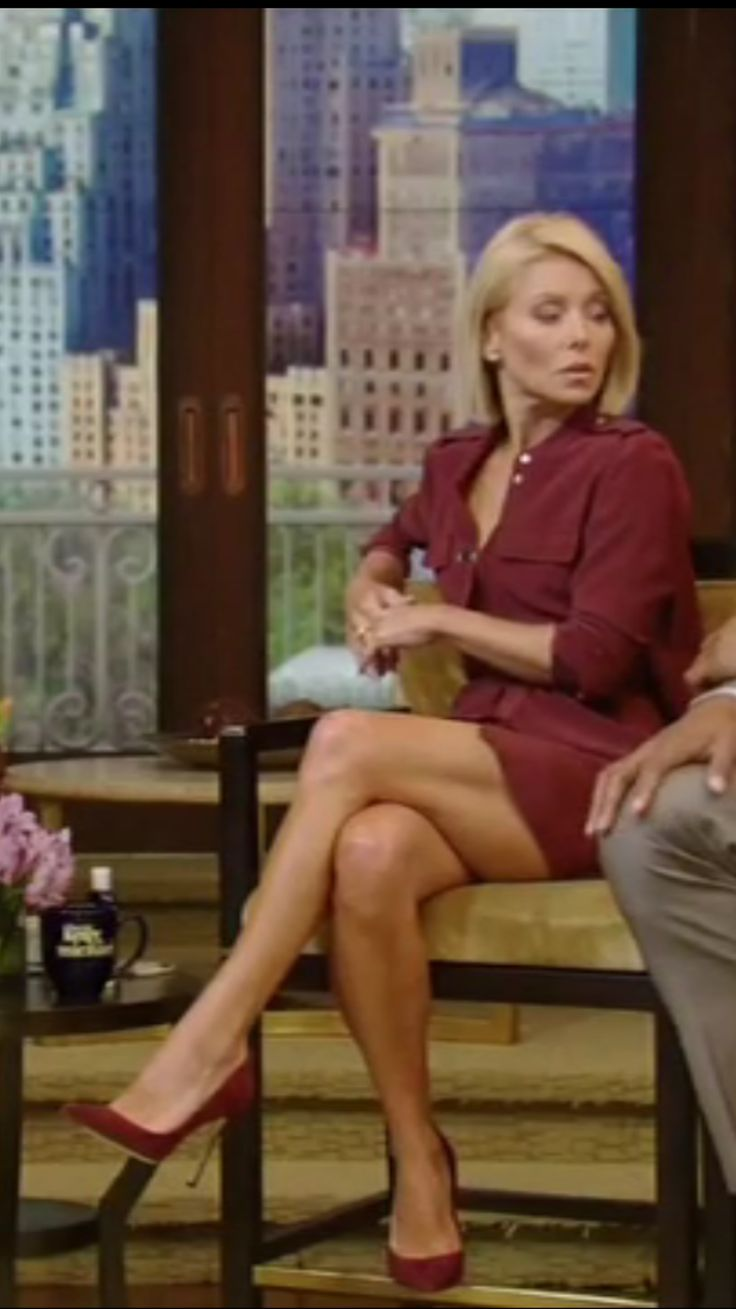Kelly Bundy Nude Pics Cool 112 best kelly ripa images on pinterest | kelly ripa, celebs and